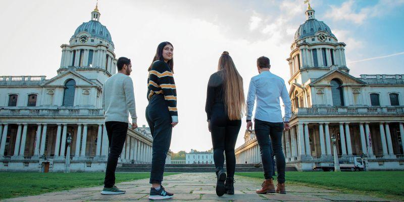 خمس خطوات لاختيار التعليم بالخارج